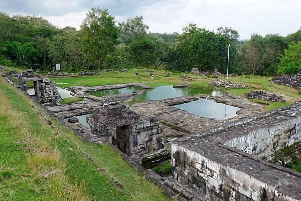 圍牆北邊的Pemandian(水池)