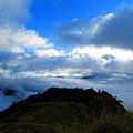 雪山東峰往東