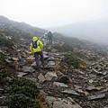 最後的碎石坡登頂之路