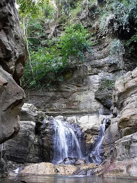 甲仙白雲仙谷瀑布