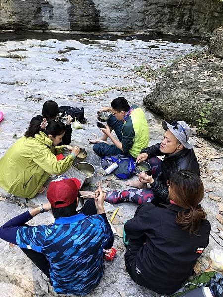白雲仙谷野餐