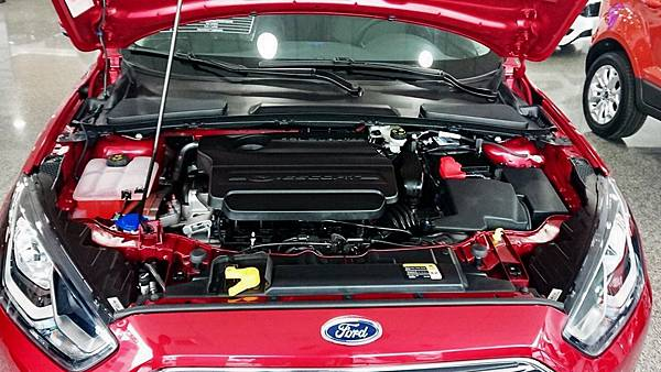 FORD ESCORT 1.5L Ti-VCT引擎