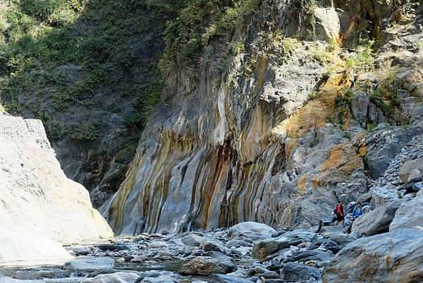 哈尤溪峽谷一景