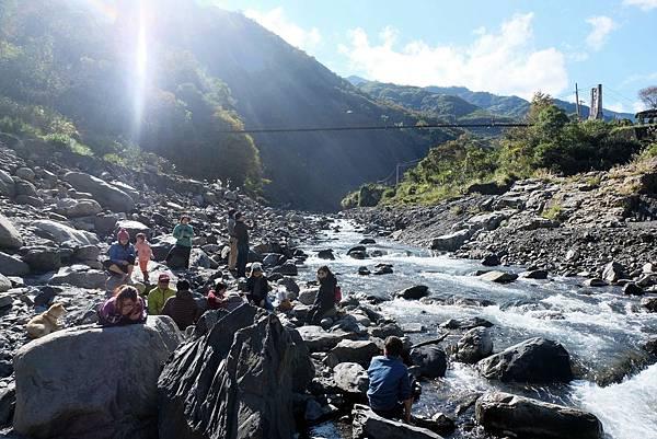 秀巒野溪溫泉往白石溪上游