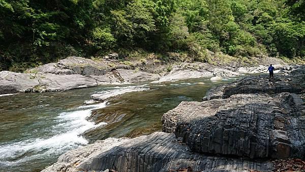 泰崗溪河床一景