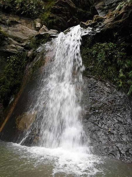 阿拉溪斜瀑布群「雙層瀑布」下層水落