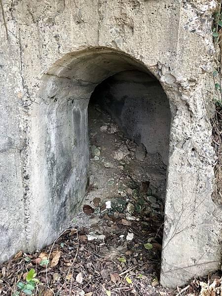 北砲台下層南砲堡-側面出入口