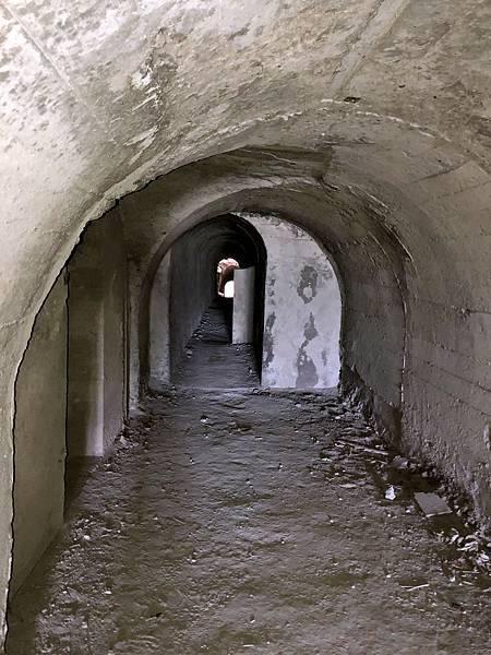 續入南砲堡坑道