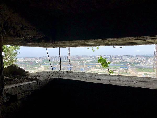 中層砲堡砲口