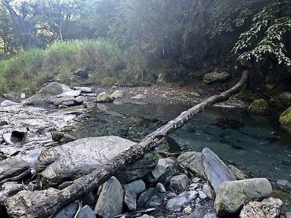 塔次基里溪活水源