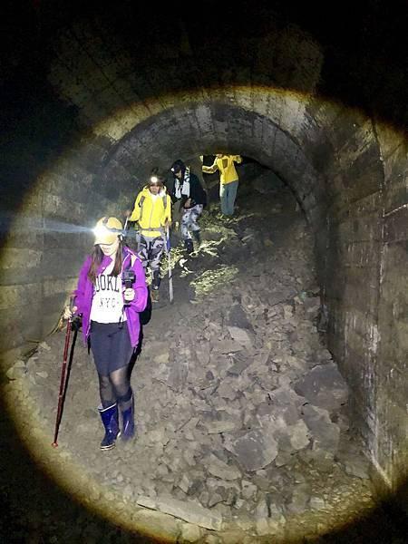 通過第2號隧道崩塌處