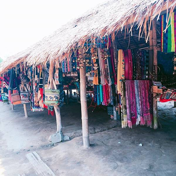 販賣手工藝品