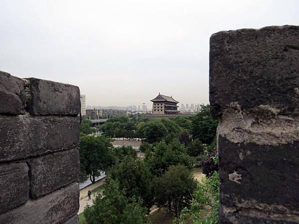 城牆垛口風景