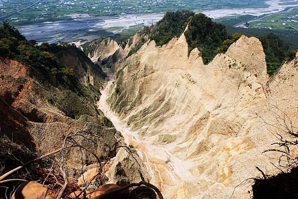 遇見火炎山大峽谷