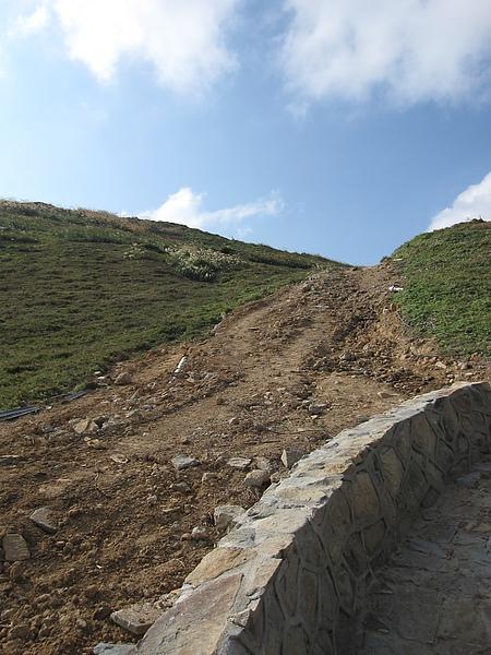 施工中的北疆步道