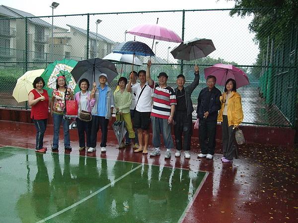 龍潭渴望村網球場