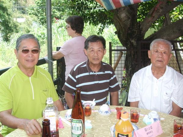 游文通、許正宏、陳新榮 (前主委)。 DSCF2093-1