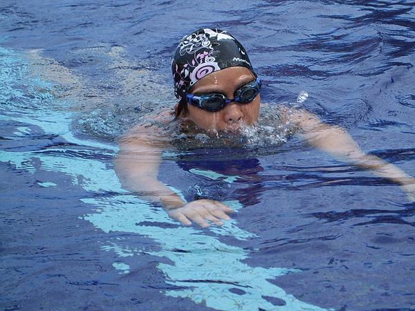 報名女子組蛙式50公尺