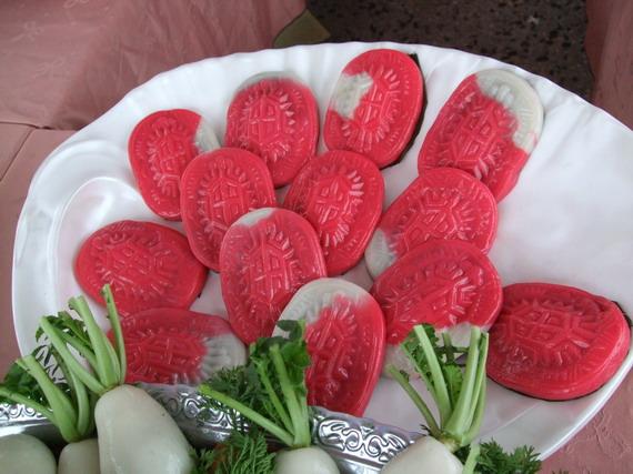 桃園鄰舍節主題之一地方美食展--紅龜糕(台語)