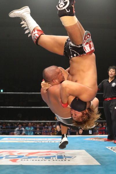 逆垂直落下DDT.JPG