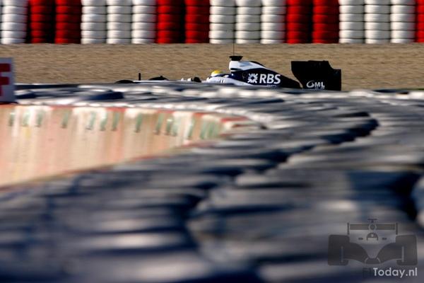 FW31-Barcelona test-031202.jpg