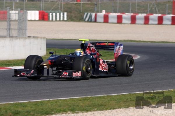 RB5-Barcelona test 031205.jpg