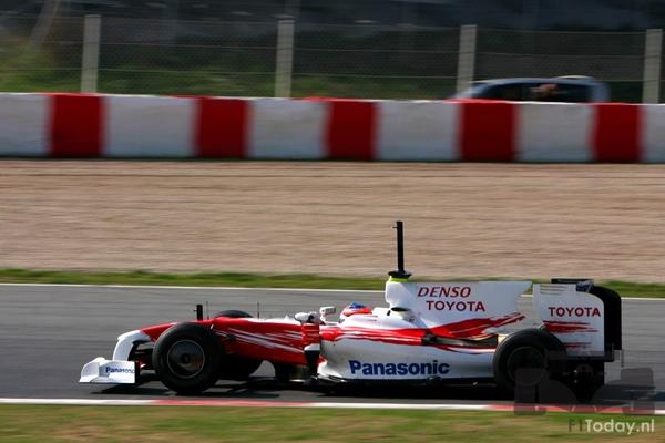 Toyota TF109 Barcelona test 031202.jpg
