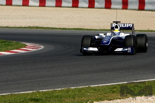 Williams-FW31-Barcelona test-031202.jpg