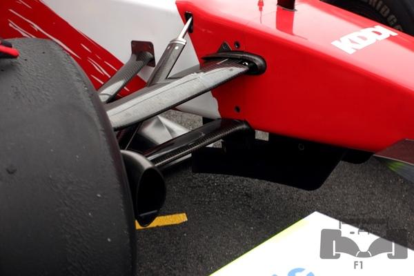 TF109 front suspension.jpg