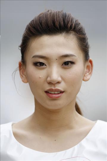Shanghai pit girl babe (28).jpg