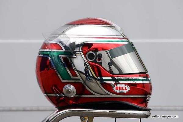 Jarno Trulli Lotus Halmet.jpg