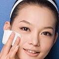 皮膚需常去角質,可保持光滑皮膚,還可去除粉刺??