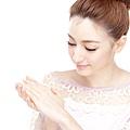 【肌膚保養】新春保養特集 -美好早晨之日間肌膚5分鐘快速保養術