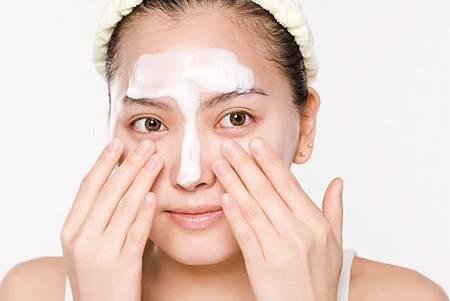 【肌膚保養】初春美肌保養步驟教學一 - 清潔!2