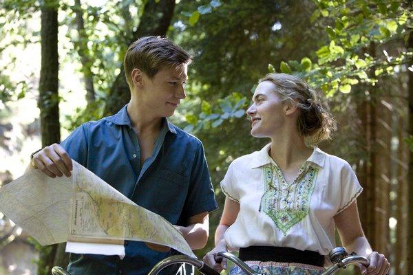 Michael與Hanna騎單車出遊