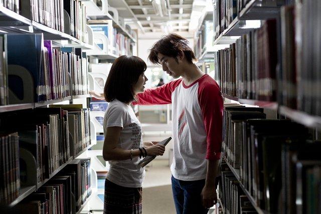 在圖書館的湘與King