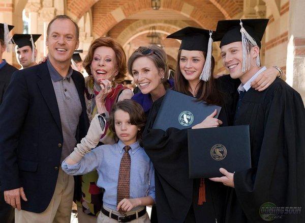 Ryden和Adam畢業了,Walter帶家人來參加畢業典禮