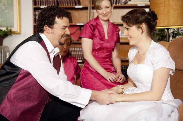 Ryan的妹婿想通了,表示願意和妹妹結婚