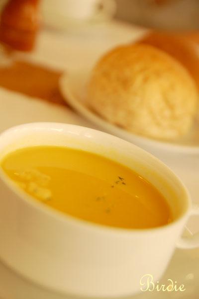 湯與麵包.jpg