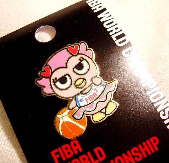 酷企鵝代言FIBA新產品-酷企妹徽章
