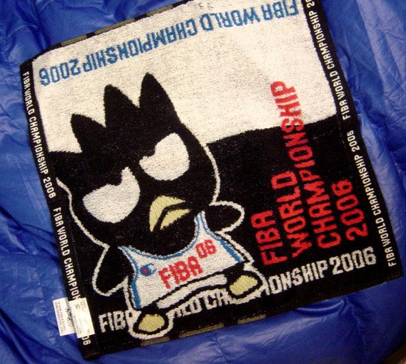 酷企鵝代言FIBA新產品-擦汗巾