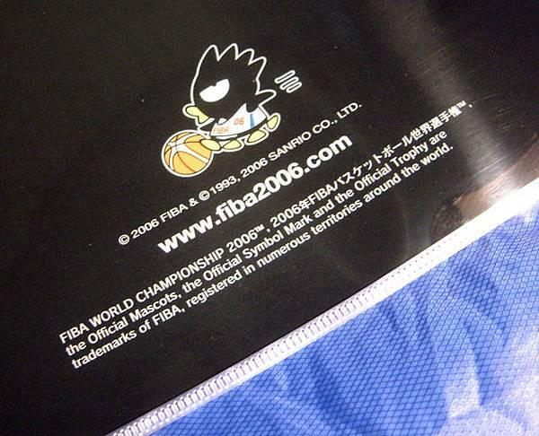 酷企鵝代言FIBA新產品-文件夾(背面)