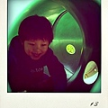 爬隧道: )