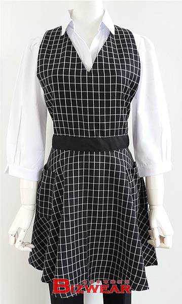格子圓裙式圍裙.jpg