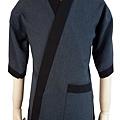 防皺布深灰底黑領日本衣2.jpg