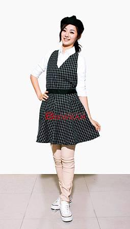 黑白格圓裙洋裝圍裙.jpg