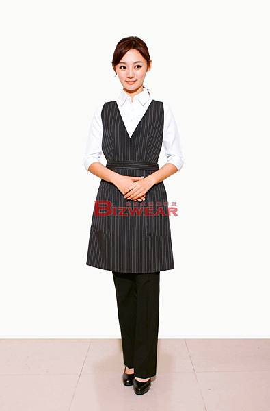 黑條紋V領洋裝圍裙.jpg