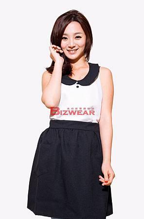 圓領洋裝圍裙.jpg