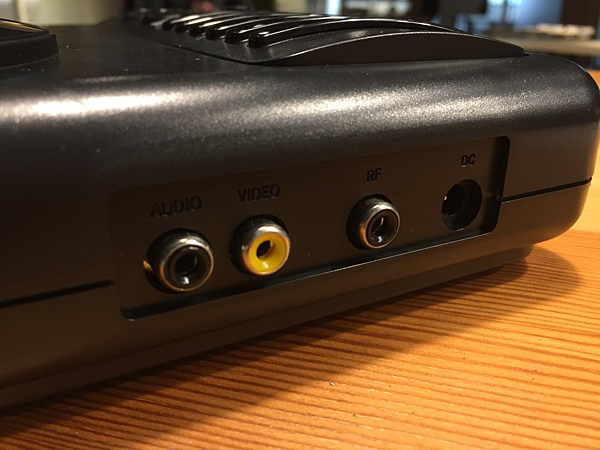 5e(不需要專用AV線,同時原生支援RF輸出。).png