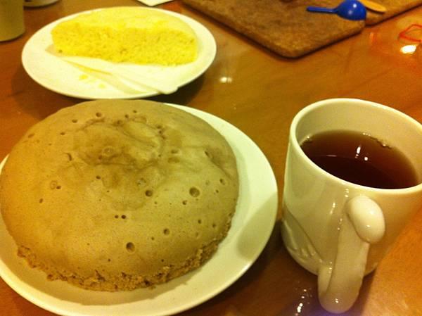 電鍋蒸蛋糕--巧克力(搭配紅茶好入口)